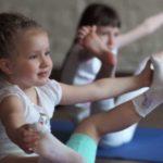 Детская парная йога