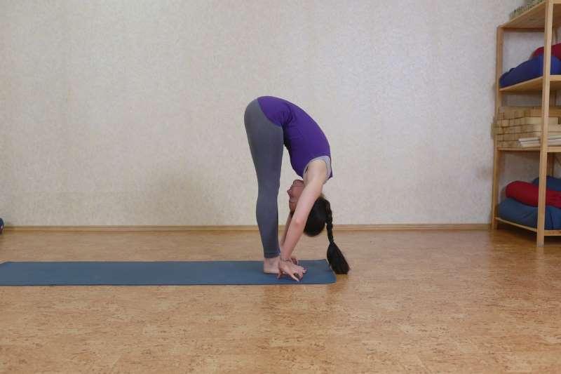 Поза йоги для беременности