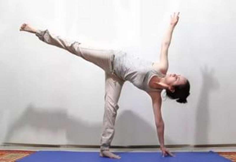 Йога айенгара асаны для тазобедренного сустава цена искусственного сустава biomed