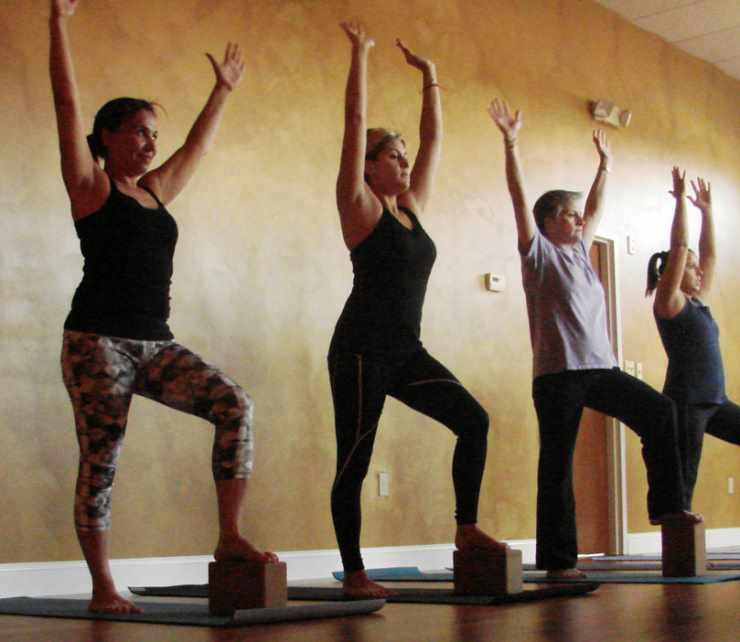 Вариант упражнения агни йога