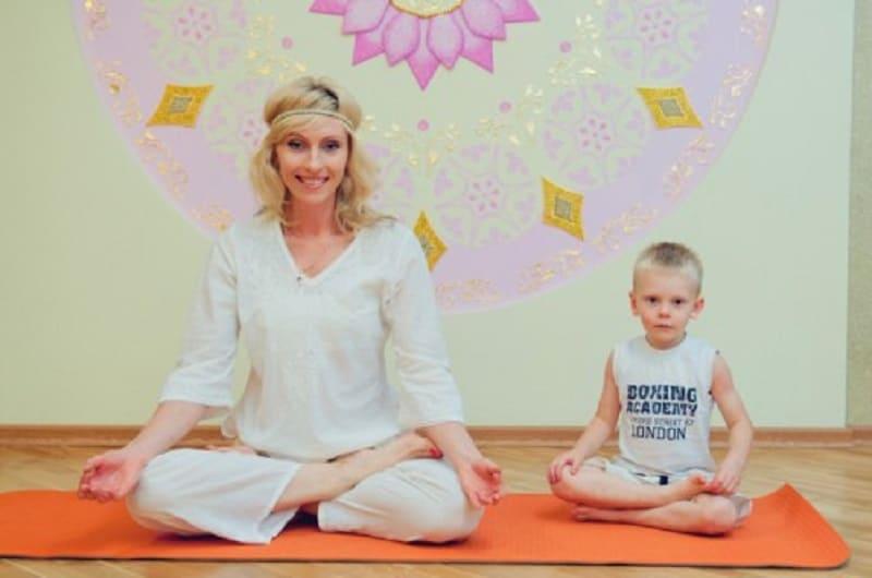 Занятие дыхательными упражнениями с ребенком в домашних условиях