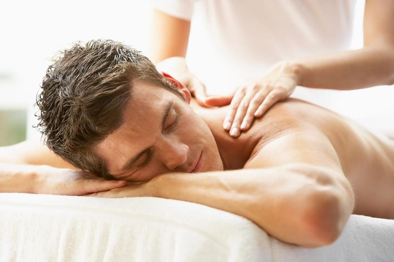 Массаж как расслабляющее средство при спазме мышц