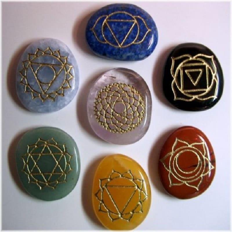 Как использовать камни для восстановления работы чакр